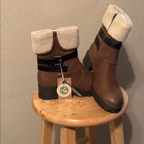 White Mountain Boots | Poshmark